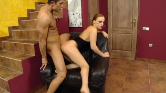Sexy slut bangs some guy in the living room